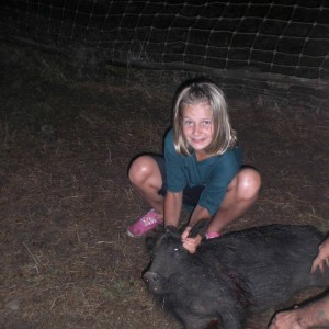 My daughter's wild boar shot at 164 meters standing, not bad!