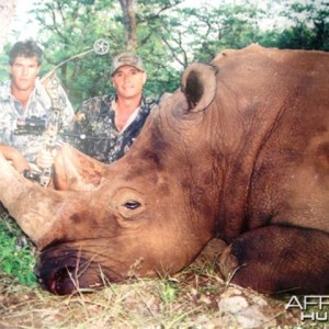 Bowhunting White Rhinoceros