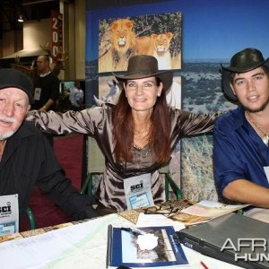 Jan, Annette & Alex at the Oelofse Safaris booth in Reno