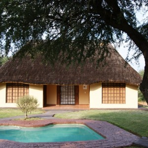 Cheetau Safaris Lodge Bungalow