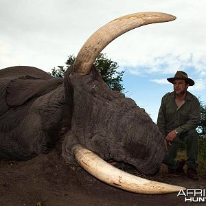 86 pound tusker taken with Johan Calitz Safaris in Botswana