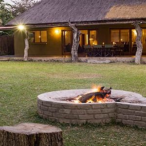 Hunting Accommodation Pro Hunting Safaris Giraffe Camp