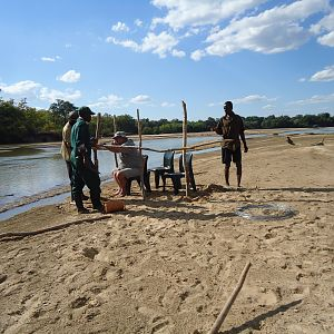 Building a blind for Crocodile Hunt Zimbabwe