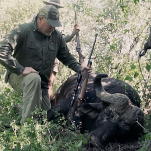 Experience The Awe Of Africa & First Class Trophy Hunting With Schalk Pienaar Safaris Namibia