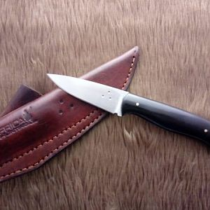 Africa Hunting EDC Knife in Buffalo horn in the cross draw sheath