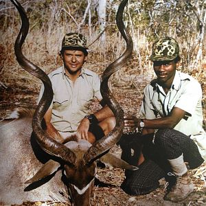 "61"" East African Greater Kudu Biggest Ever Taken"