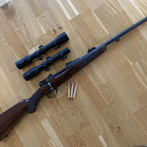 Highland stalker 9,3x62 Hunting Rifle & Scopes