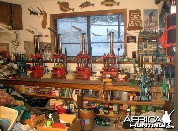 Gun Reloading Room Designs