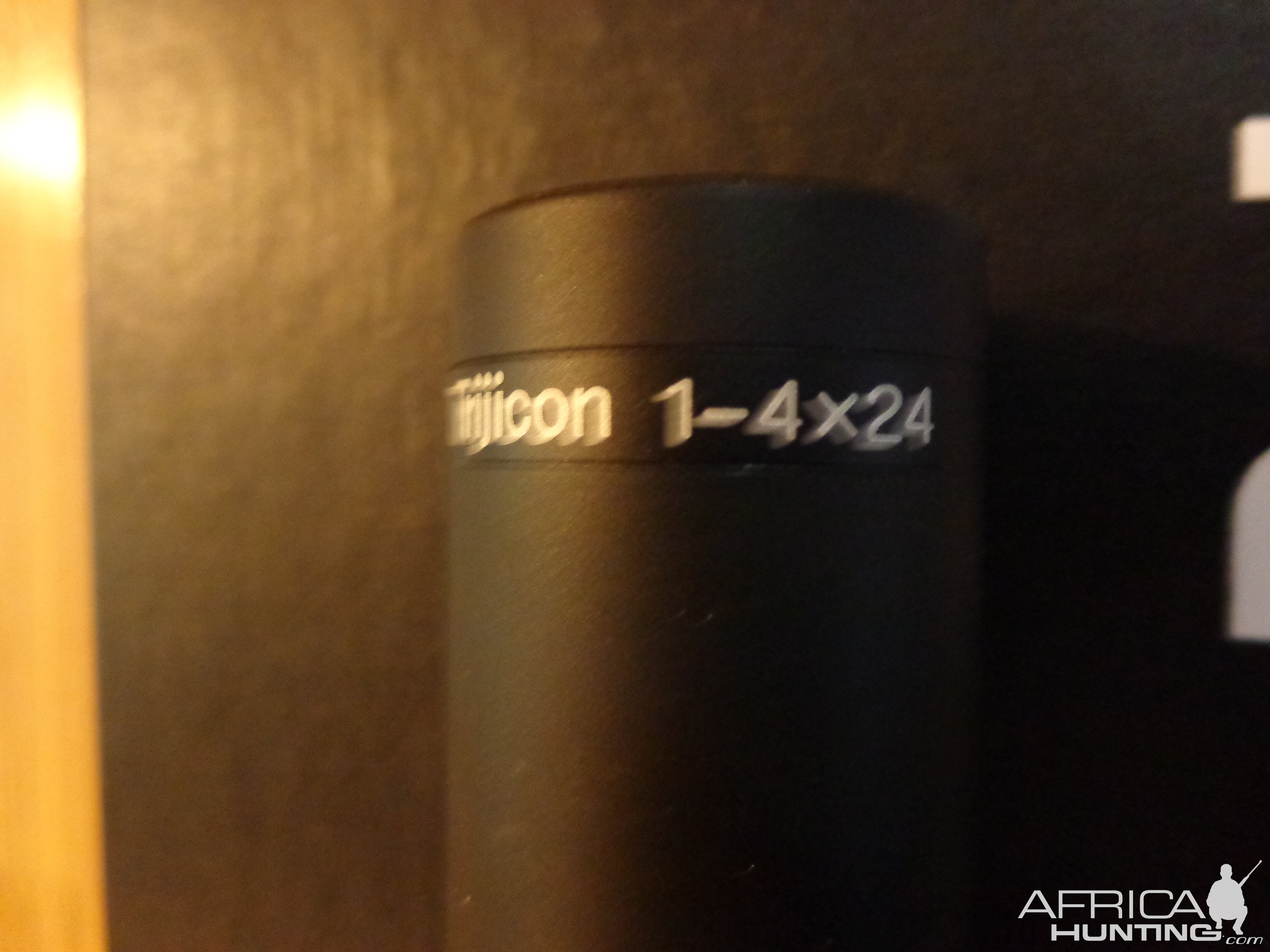 Trijicon AccuPoint 1-4x24 Green Post Reticle
