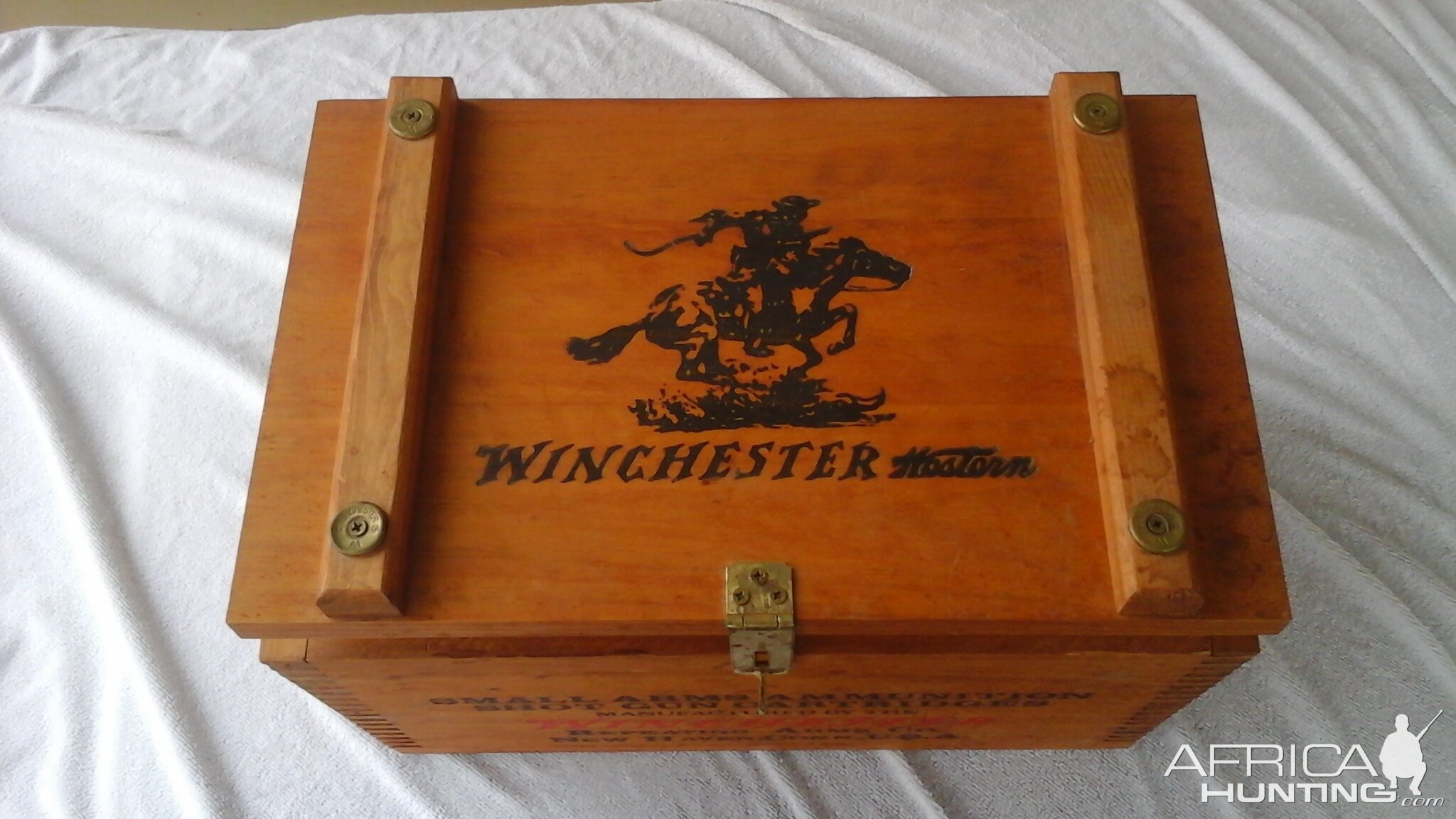 Winchester Vintage Wooden Hunting Ammo Box Hunting